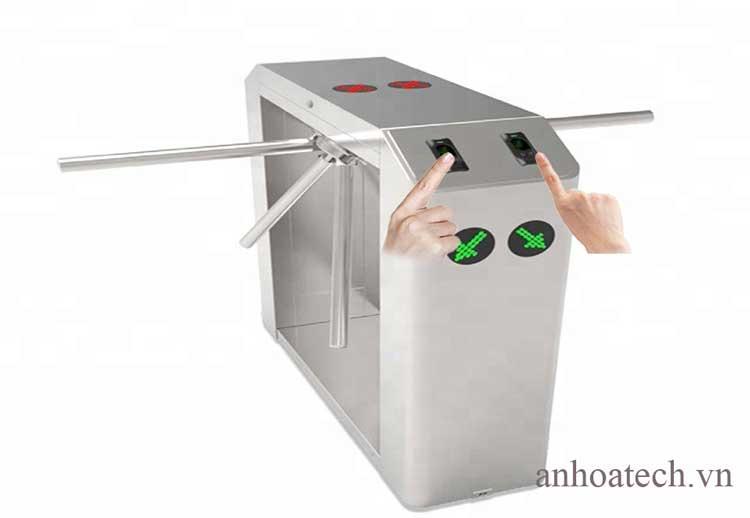 Cung cấp thiết bị cổng kiểm soát lối đi bộ hàng rào Swing Barrier bán tự động